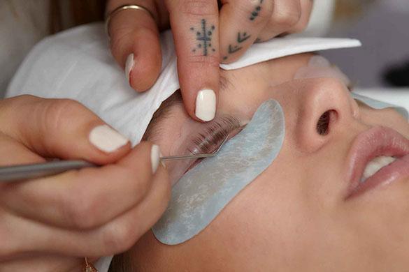 Lashlifting-Behandlung
